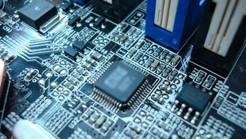 LM324N是什么芯片 及常用电路 或者内部结构