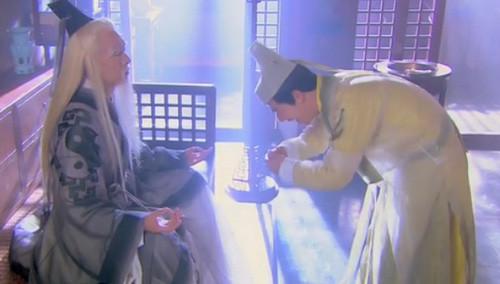 赵志敬太年轻 玩不过装死丘处机