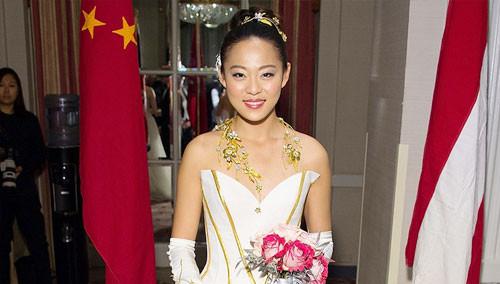 国际白富美名媛舞会中国代表抢眼