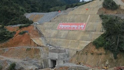 老挝:中国水电八局承建 老挝南塔河1号水电工程提前截流
